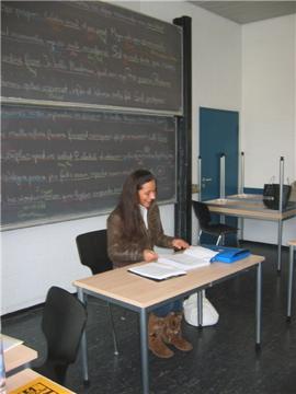 Lateinlehrerin der Academia Linguae